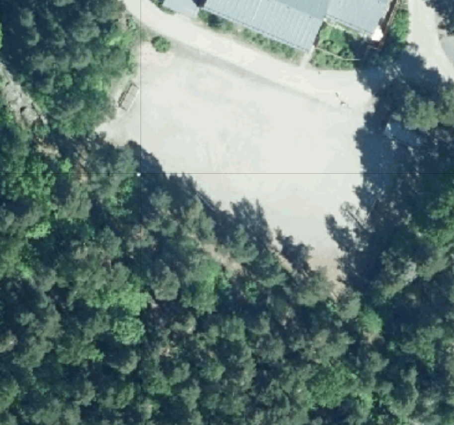 Teräsrautela: Nuppulanpuiston kentän eheyttäminen